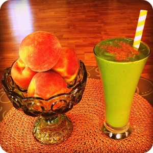 Peach Cobbler Green Smoothie