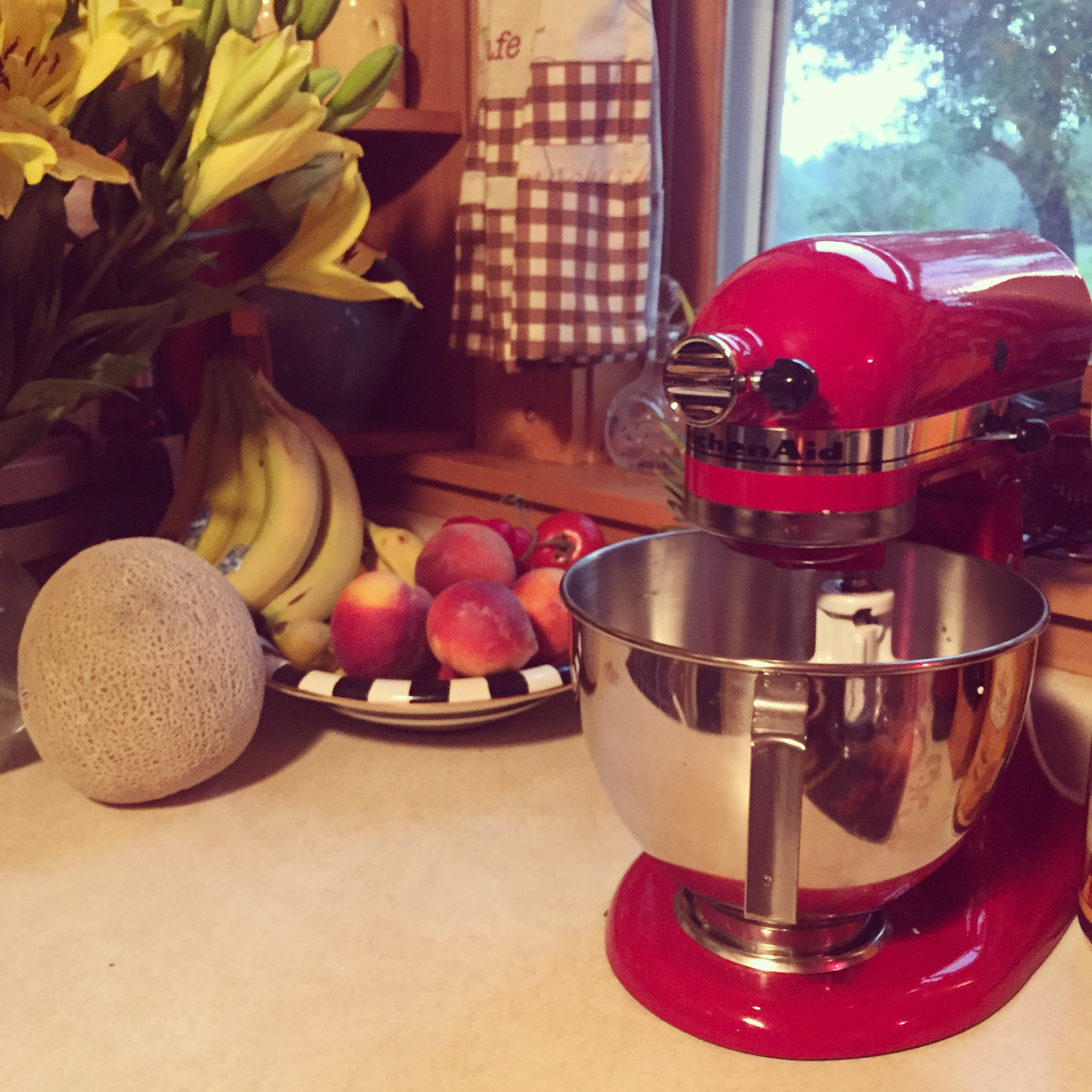My sexy new Kitchenaid mixer. I have wanted one FOREVER! Thank you, John.