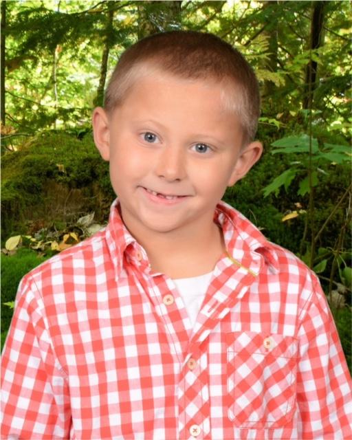 Lukas' 1st grade school picture.
